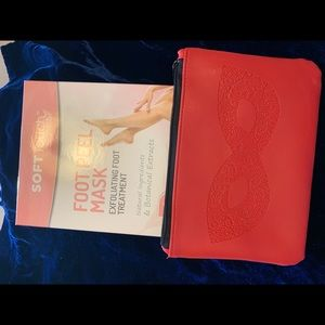 Other - Makeup Bag with Foot Treatment